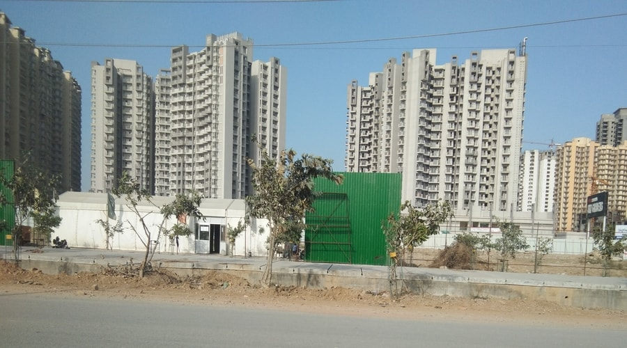 IDI London Mart, Noida Extension