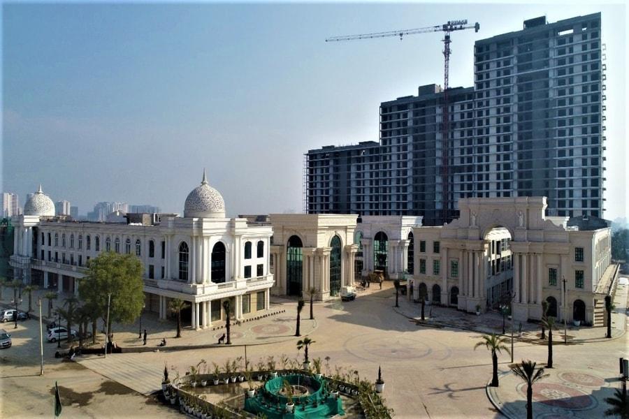 Omaxe World Street, Retail Shops, Sector 79, Haryana