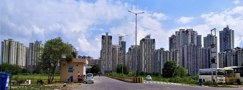best places for apartments living in Noida