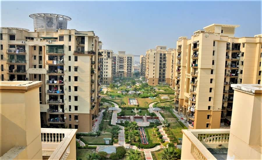 Purvanchal Silver City Apartments, Sector 93 Noida