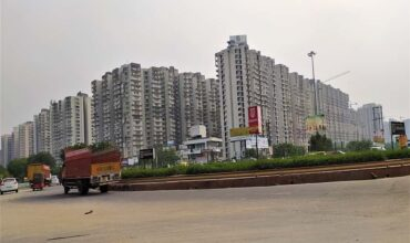best residential societies for living in noida extension, apartments, flats, greater noida west