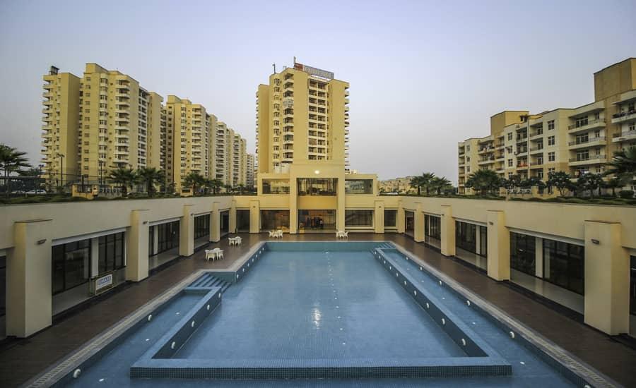 Omaxe Palm Greens Apartments Greater Noida