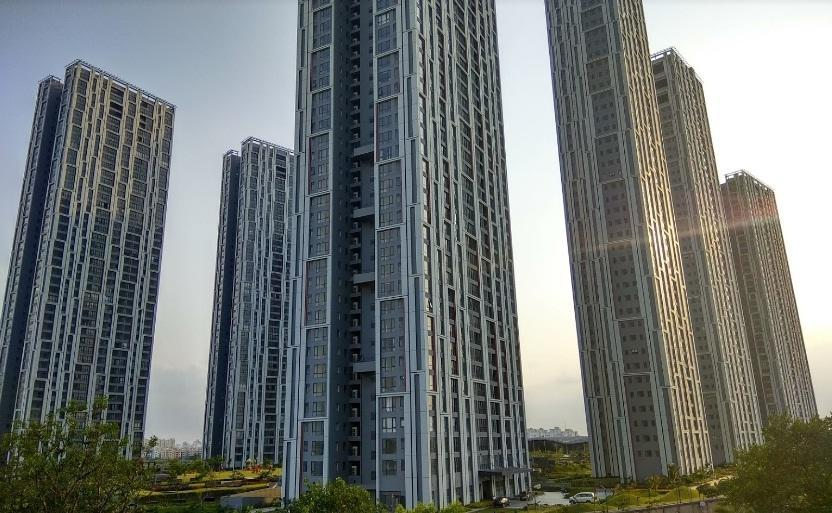 Urbana apartments EM Bypass Kolkata South